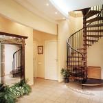 Фото 8: Винтовая лестница