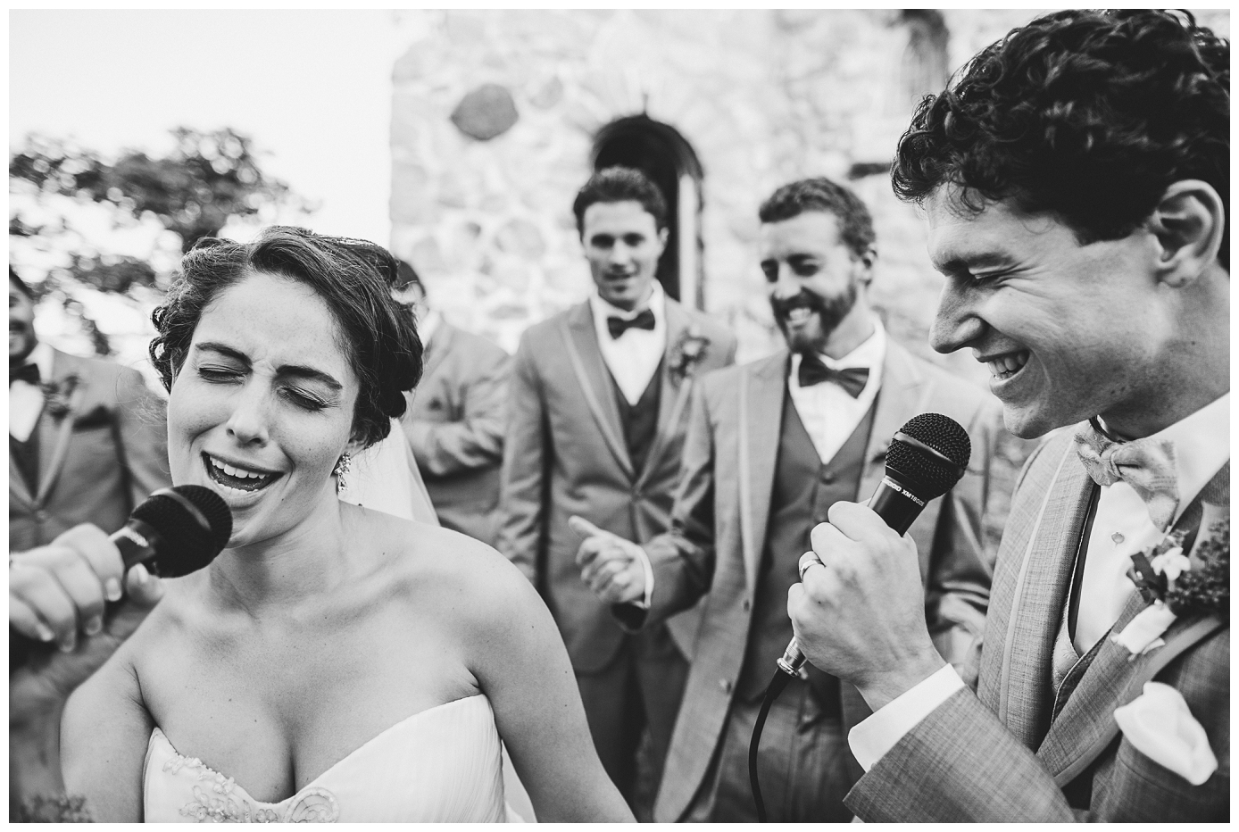 Караоке на свадьбе