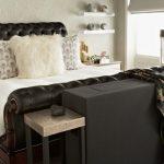 Фото 109: Кожаная кровать в классическом стиле