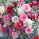 Свадебный букет из гипсофилы в розовых тонах