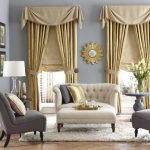 Фото 73: Сочетание римских штор с портьерами в гостиной