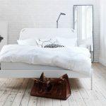 Фото 59: Белая кровать в скандинавском стиле