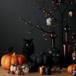 Фото 31: Черно-оранжевая композиция с тыквой