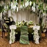 Фото 6: Цветочные композиции на свадьбе