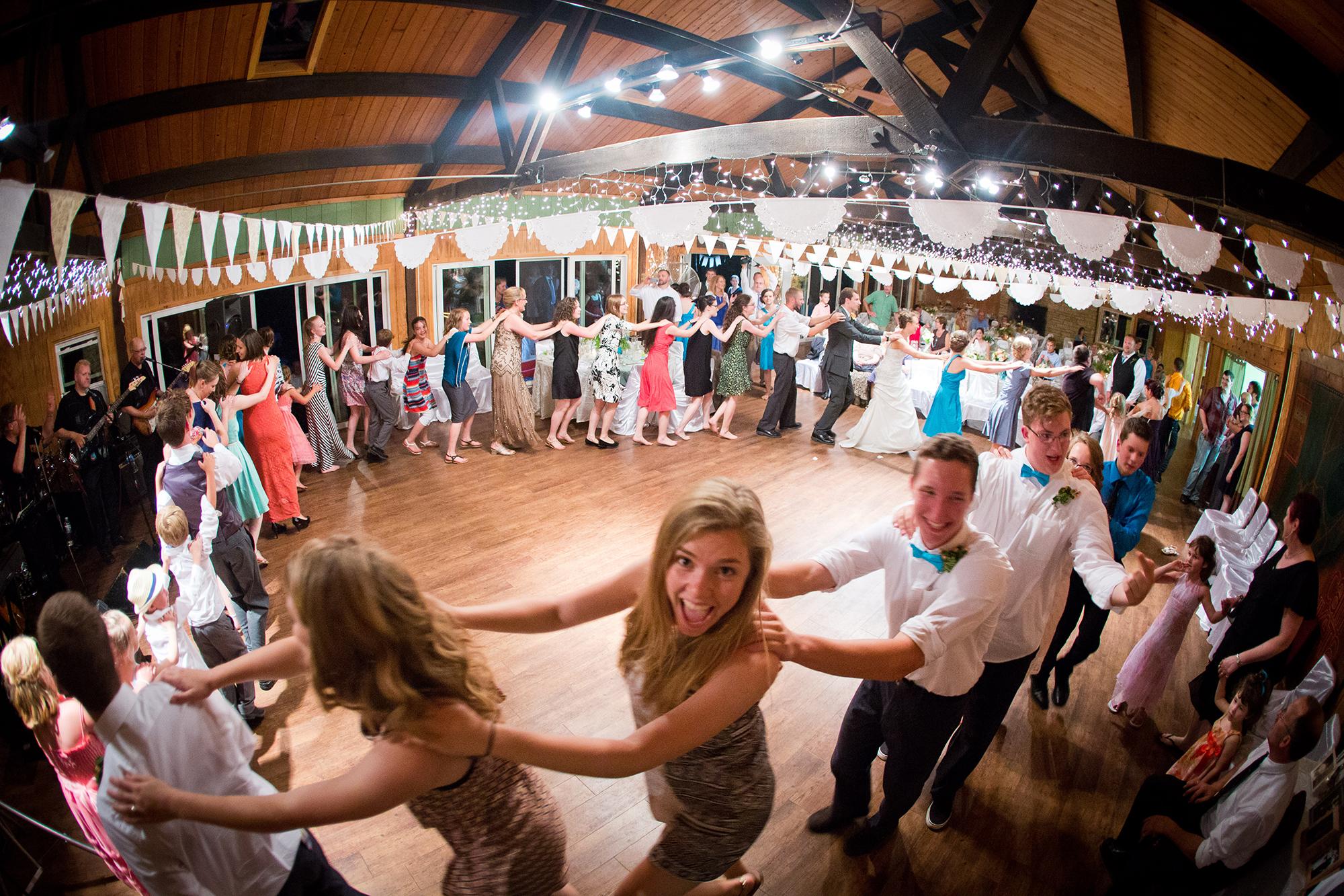 Зал для танцев и шоу