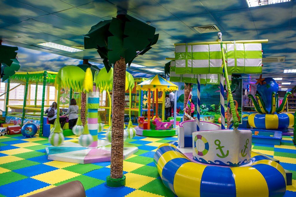 Детский игровой комплекс в доме