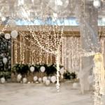 Фото 10: Оформление свадьбы гирляндами