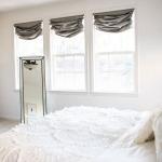 Фото 107: Римские шторы серые в спальне