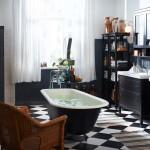 Фото 19: Черно-белая плитка в ванной