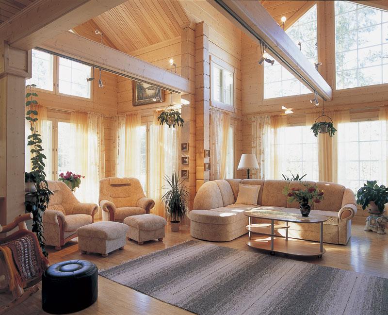 Интерьер дома из лафета