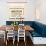 Фото 64: Кухонный уголок с кожаным диванчиком