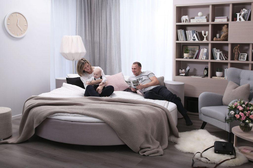 Круглая кровать-пуфик