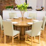 Фото 44: Круглый обеденный стол на кухне