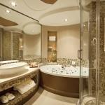 Фото 26: Мозаика в ванной на стенах