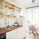 Фото 100: Откидной столик на кухне