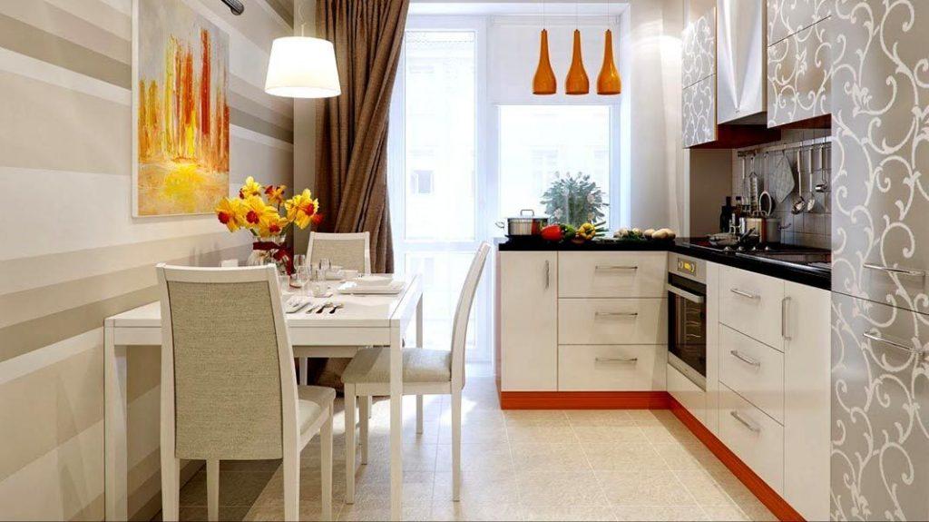 Пластиковый стол на кухне