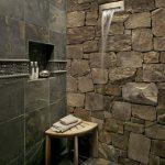 Фото 53: плитка под каменную кладку в ванной