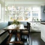 Фото 74: Кухонный уголок с длинным столом
