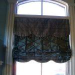 Фото 102: Римские шелковые шторы с отстрочкой