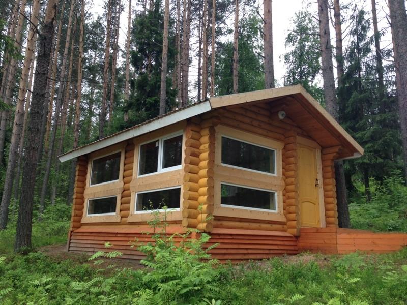 Летний домик из бревна