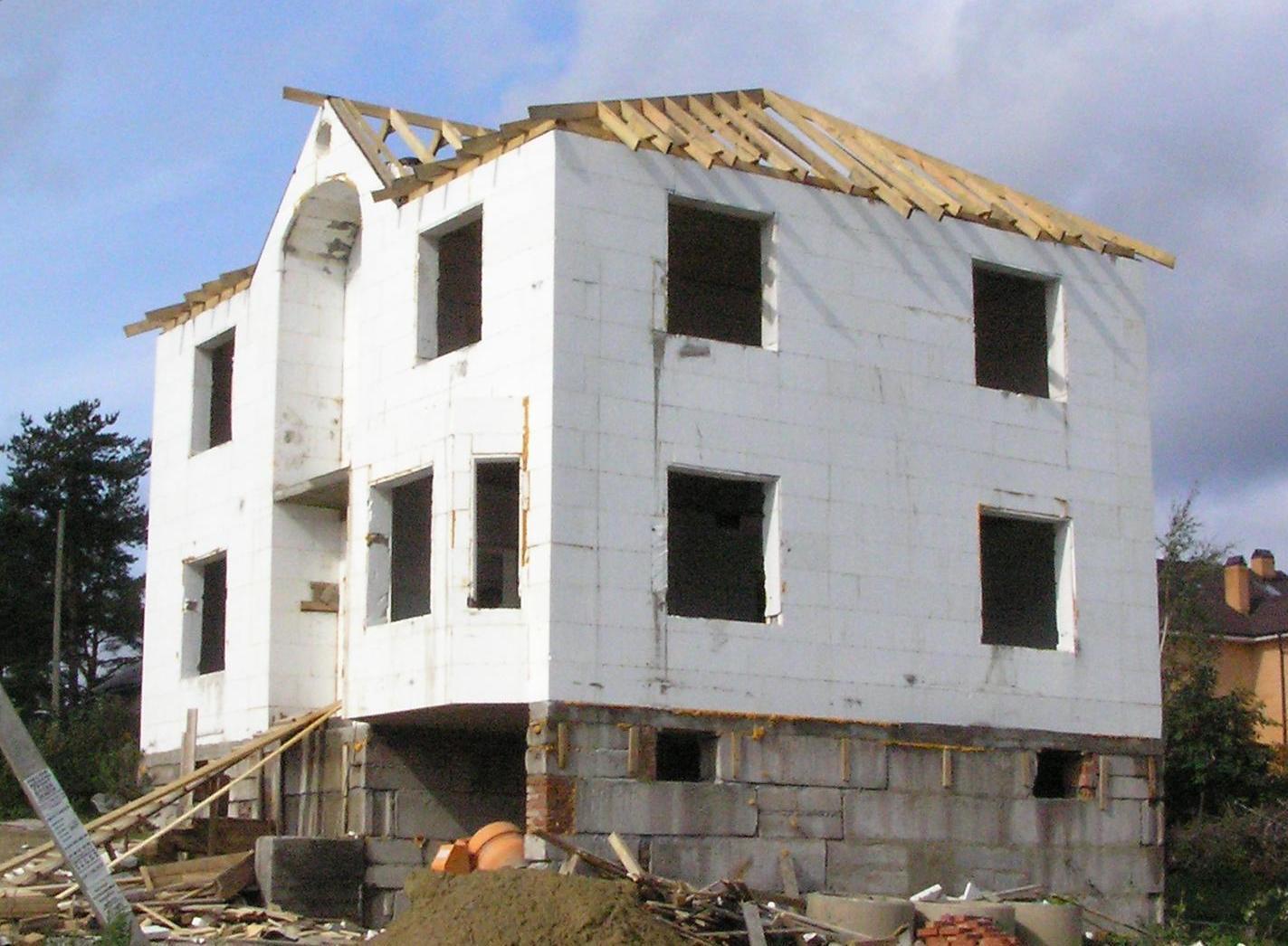 Дом с бетонным каркасом своими руками 18
