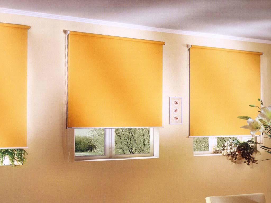 Желтые рулонные шторы