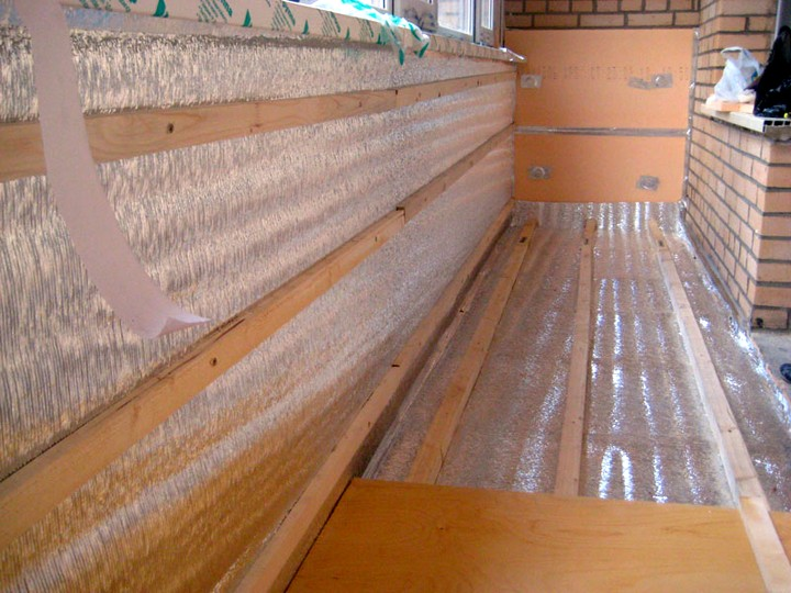Как утеплить балкон своими руками (5)
