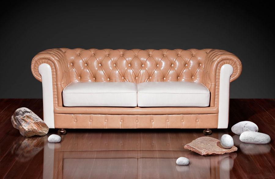 Красивый диван из экокожи