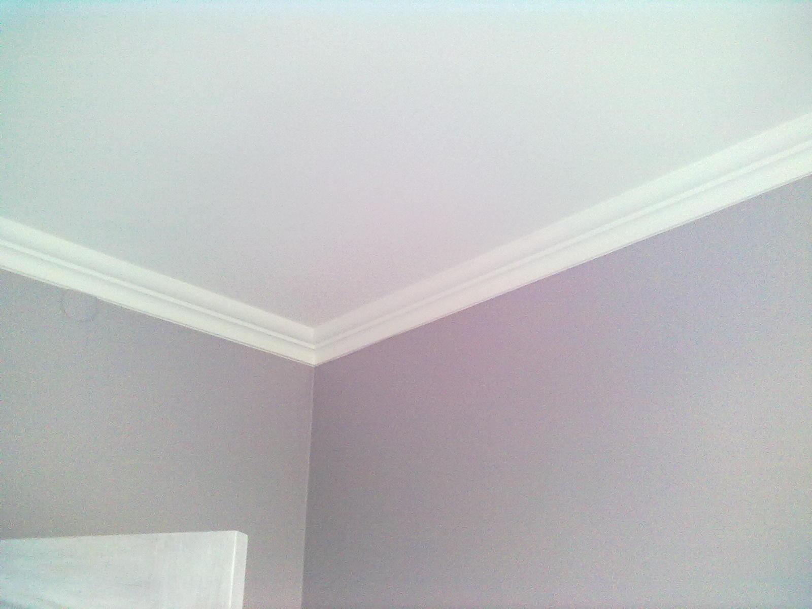 Как сделать угол потолочного плинтуса фото