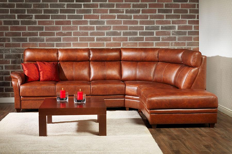 Угловой диван из кожи