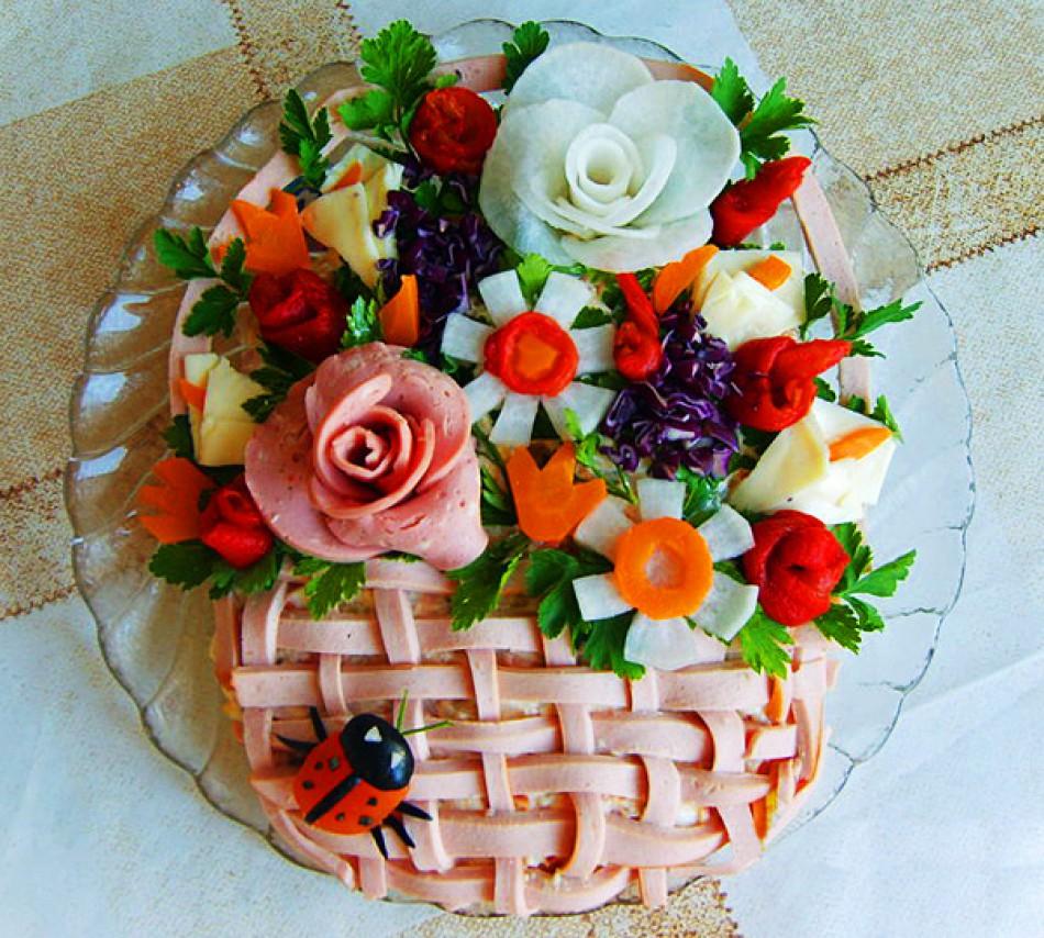 Украшение салатов: оригинальные идеи для праздничного 26
