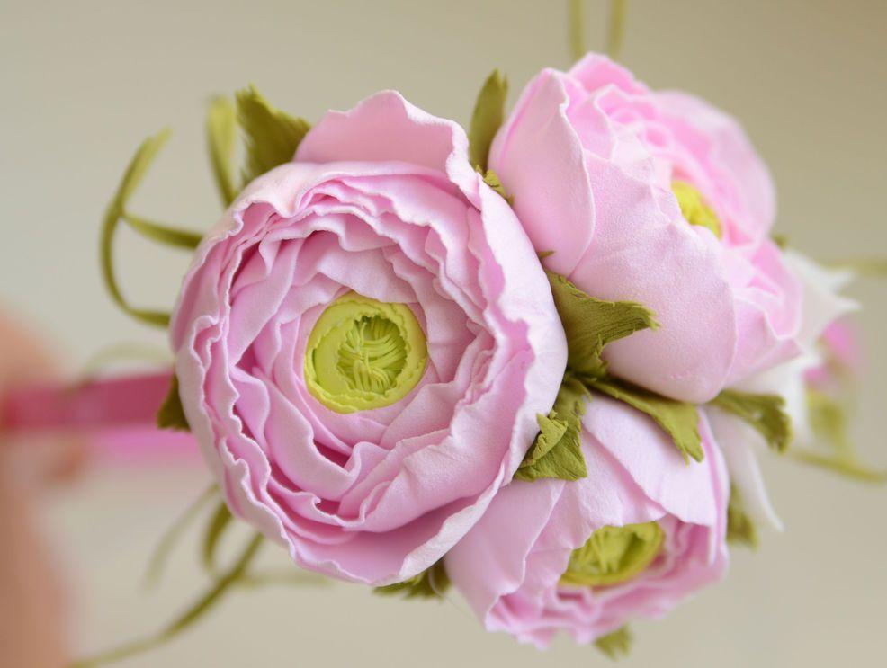 Из фоаминга цветы выглядят как настоящие