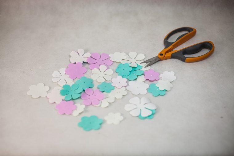 Маленькие цветочки своими руками