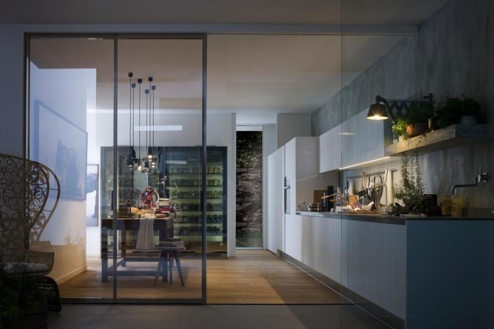 стеклянные кухонные двери