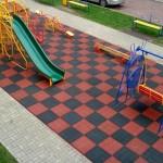 Фото 14: Применение плитки на площадке