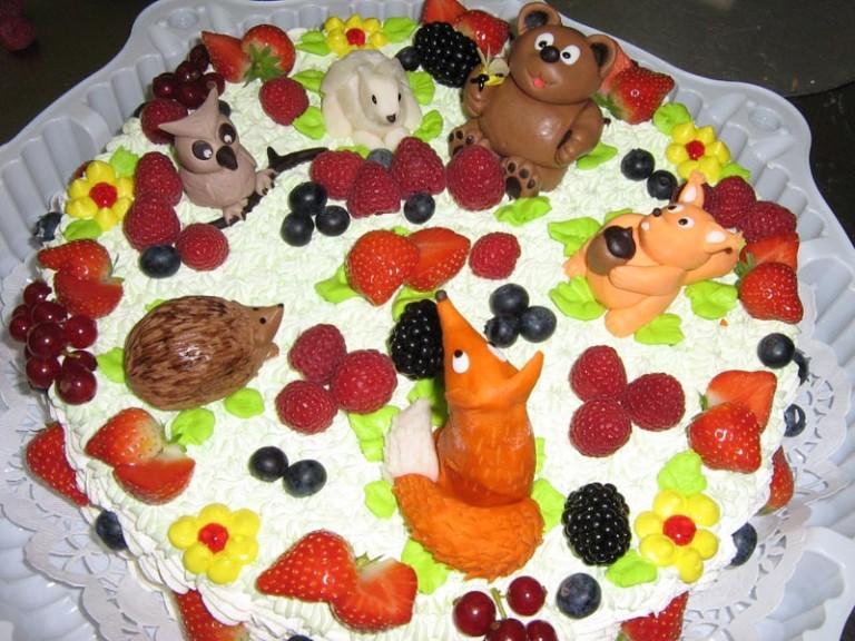 Торт на день рождения ребенку своими руками картинки