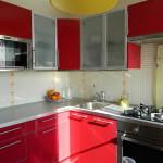 Фото 3: Микроволновая печь на кухне