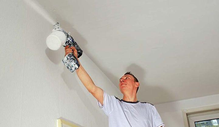 Как побелить потолок своими руками по старой побелке