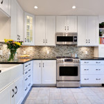 Фото 8: Микроволновая печь в стильной кухне