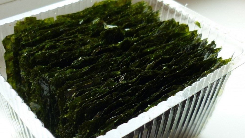 Упаковка морской капусты в магазине