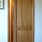 Фото 25: Дверь в стиле рустик раздвижная