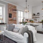 Фото 70: Зонирование кухни-гостиной диваном