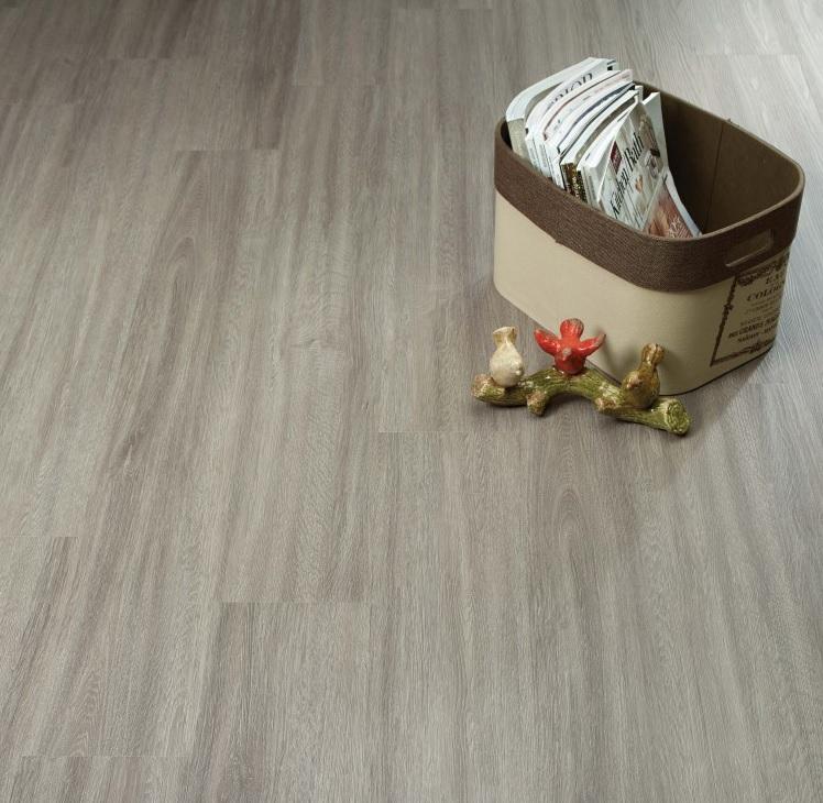 Фото 8: Серый виниловый ламинат