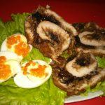 Фото 93: Куриный рулет с грецкими орехами
