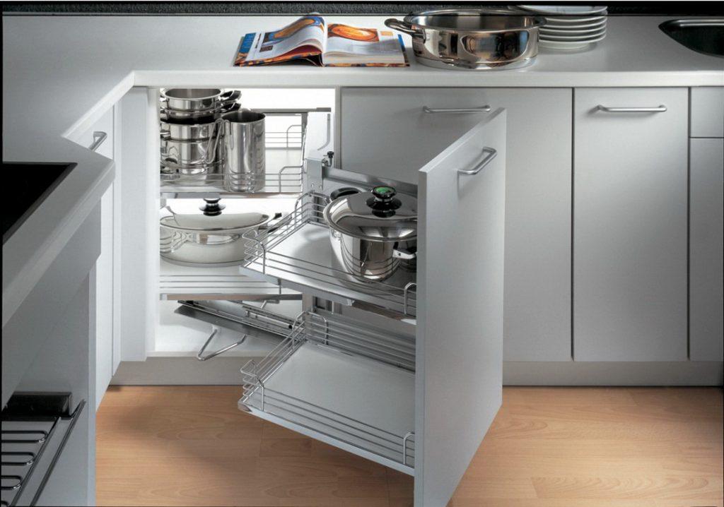 Угловой модуль кухонного гарнитура
