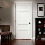 Фото 29: Белая деревянная дверь