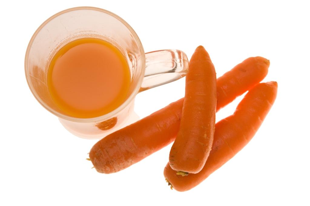Вкусный морковный сок