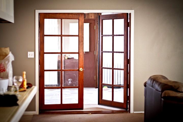 Фото 25: Распашные межкомнатные двери (19)