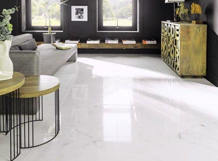 Изысканная белая мраморная плитка