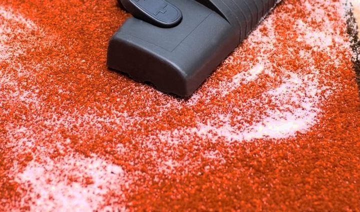 Использование соды для очистки ковра